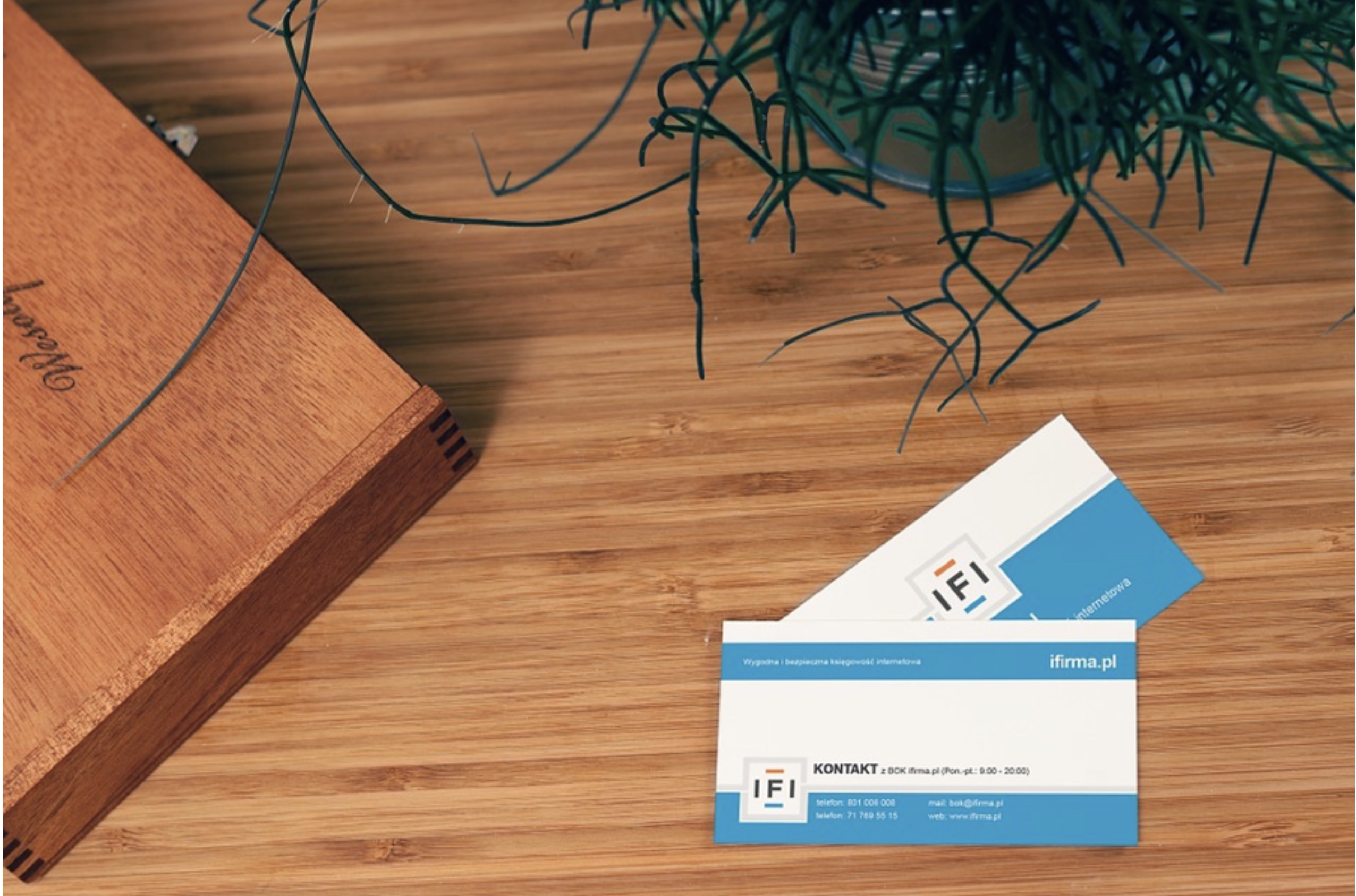 How to design and print your own business card using pages business cards 2 reheart Gallery